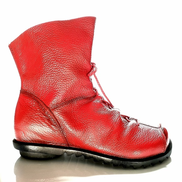 73106de34b6 Funky Red Leather Hin Rui Korean Boots, Size 8.5